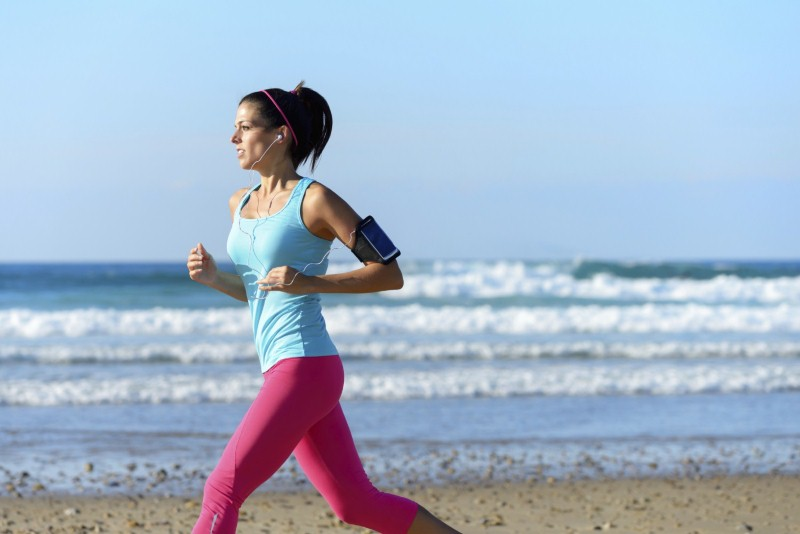 Tips for staying fit and healthy on holiday (Thinkstock/iStock)